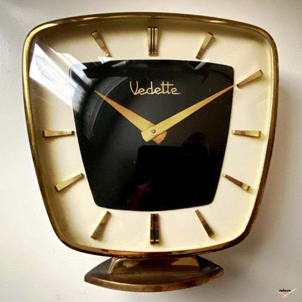 Horloge Vedette mécanique sur pied (année 1960)