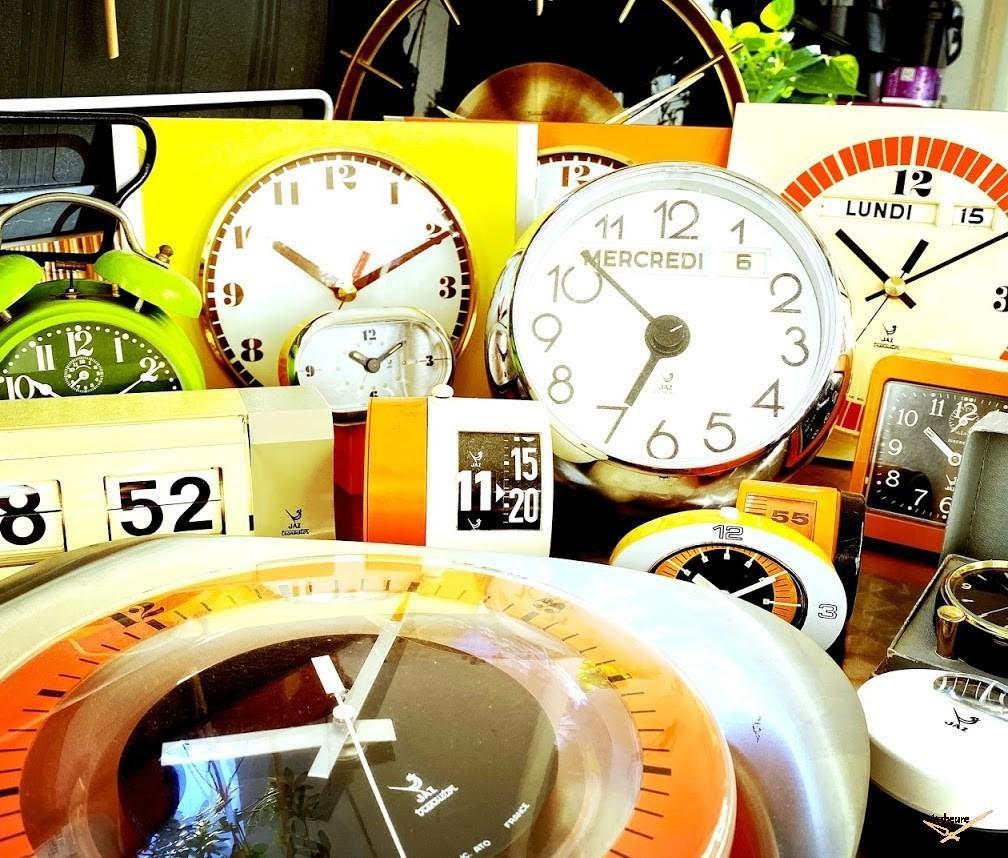 Horloge Jaz L'heure couleur