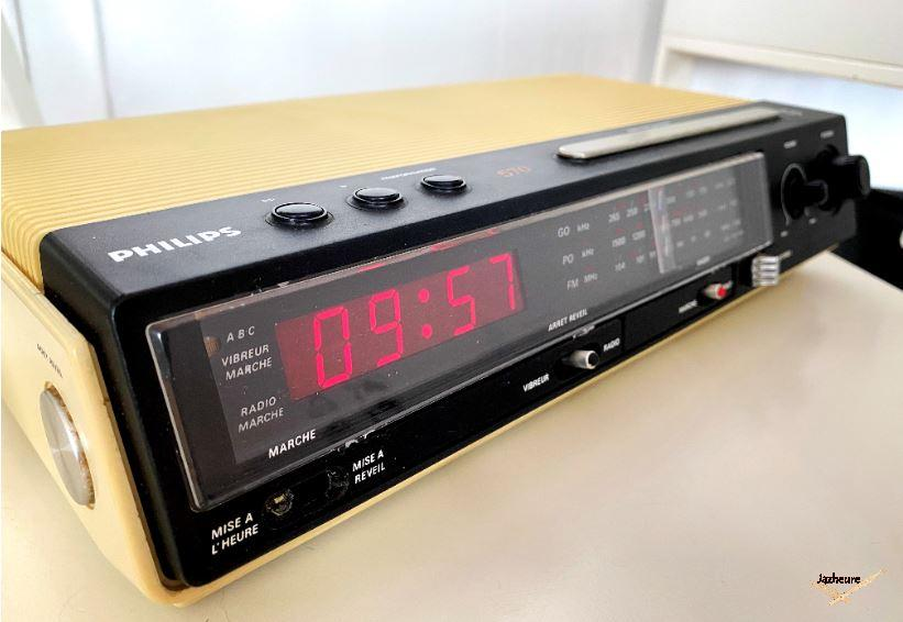 Radio-réveil Philips 90 AS 570