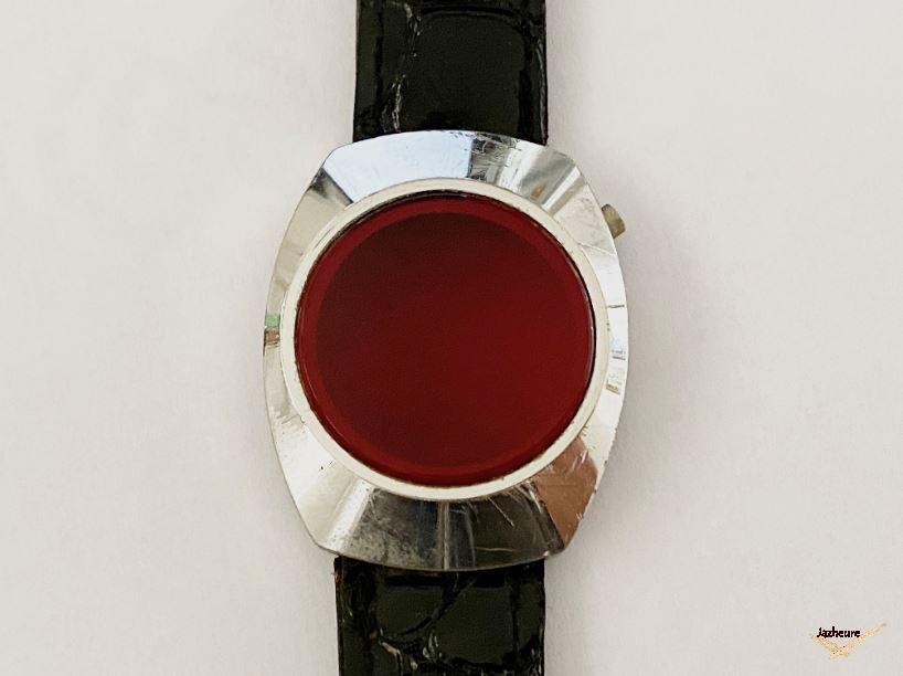 Montre Led rouge année 70