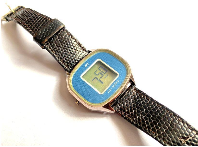 Montre Jaz TZ 1901 de 1977 cadran bleu